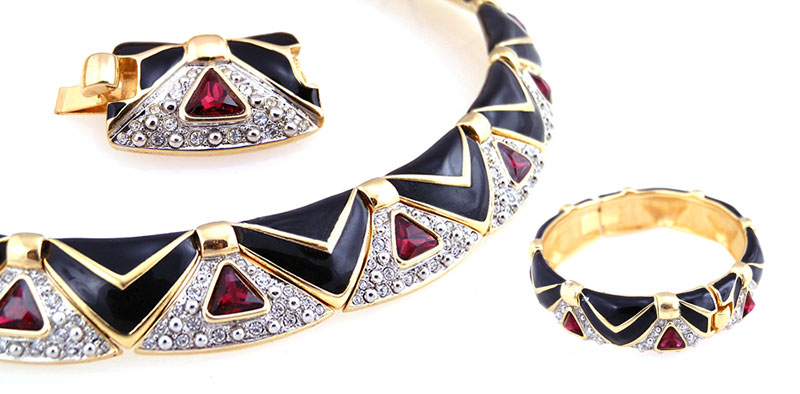 swarovski-collar-and-bracelet